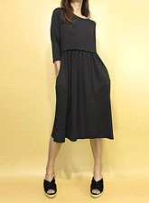 Dress156 Quarter Sleeve Gathered Dress/Black