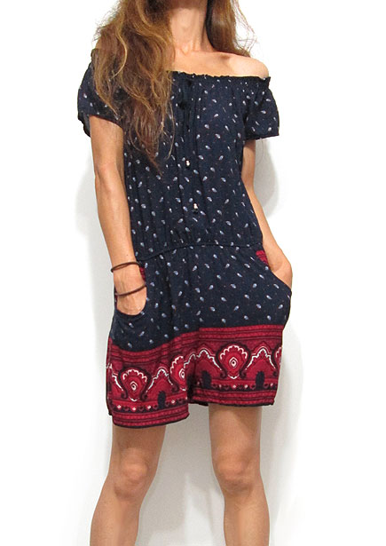 Dress125 Off-Shoulder Rompers/Paisley on Navy