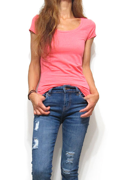 Tops671 Basic Scoop Neck S/S T-Shirt/Coral