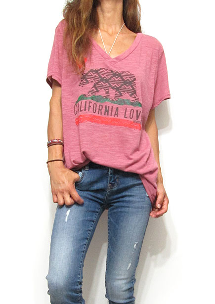Tops716 Cali Bear Oversized T-Shirt/Dusty Berry